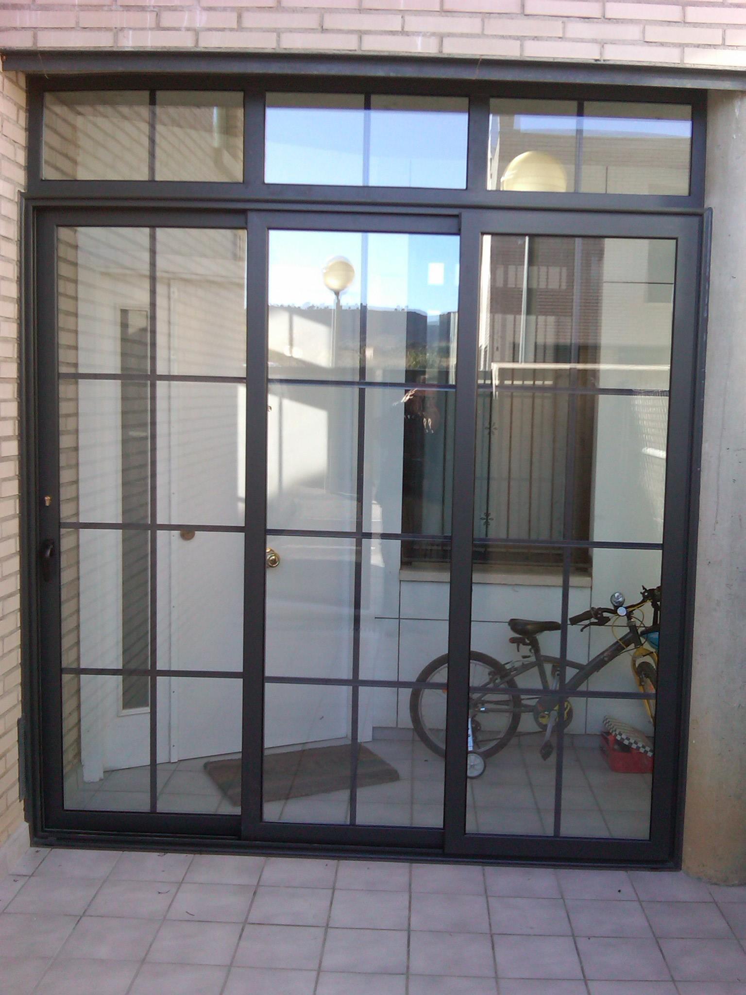 Cerramiento Puerta Entrada
