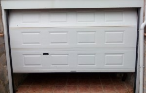 Puerta garaje abierta