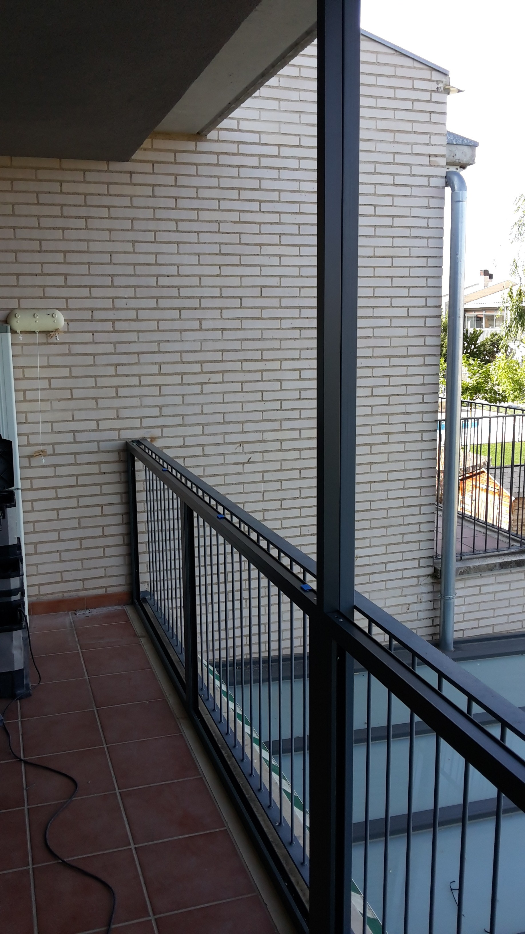 Montaje de ventanas de aluminio archivos montajes de for Carpinteria aluminio