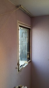 ventana mediana madera